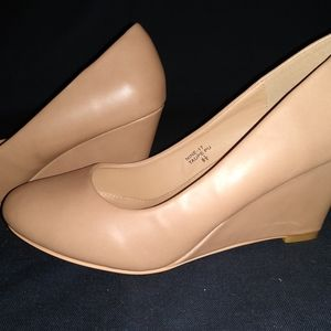 Shoes - Wedge size 8.5
